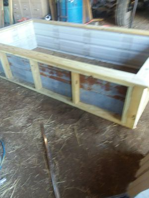 Raised Bed Garden/CHICK BROODER for Sale in Dickson, TN