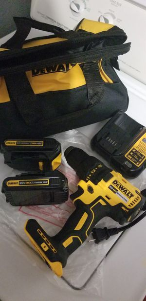 Dewalt drill 2 battery and charger for Sale in San Antonio, TX