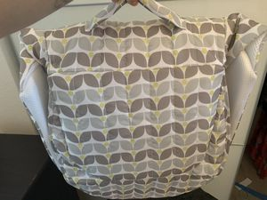 Baby delight snuggle nest for Sale in Jurupa Valley, CA