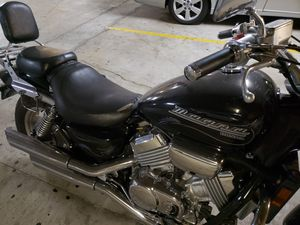2001 Honda Magna VF750C 750cc Power Cruiser/Muscle Bike for Sale in Glendale, CA