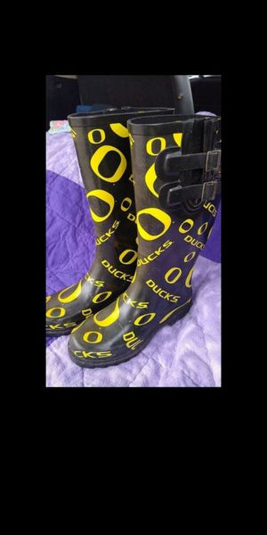 Oregon Ducks Rain Boots size 6.5 brand is neetfeet for Sale in Olympia, WA
