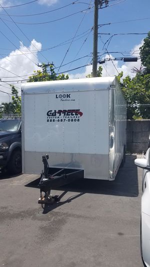 Enclosed race car trailer 22 ft. 2013 for Sale in Hollywood, FL