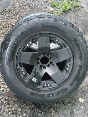 Jeep (5x5) wheels rims rines + tires gomas for Sale in Hialeah, FL