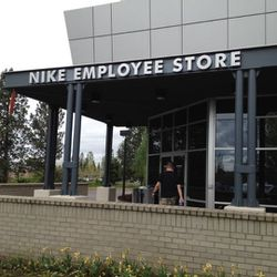 Nike Employee Store Pass ES pas for Sale in West Linn,  OR