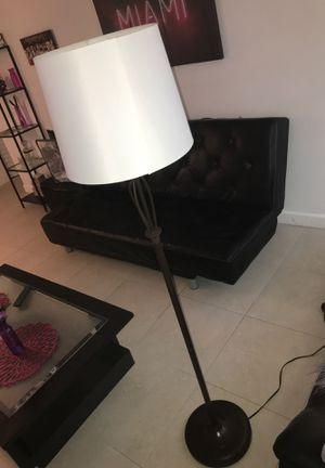 Lamp light for Sale in Hallandale Beach, FL