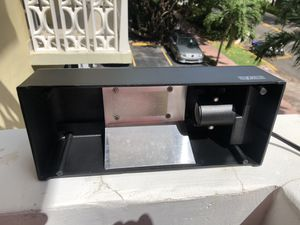 Exoterra Compact Top Canopy lamp for reptile tank for Sale in Miami Beach, FL