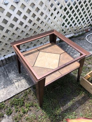 Coffee table for Sale in St. Petersburg, FL