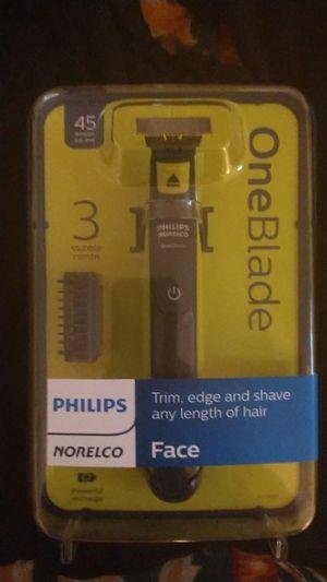 Philips norelco shaver for Sale in El Paso, TX