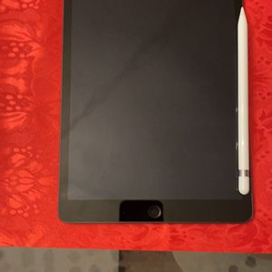 Apple iPad 7th gen w/ Apple Pencil 1 for Sale in Port Richey, FL