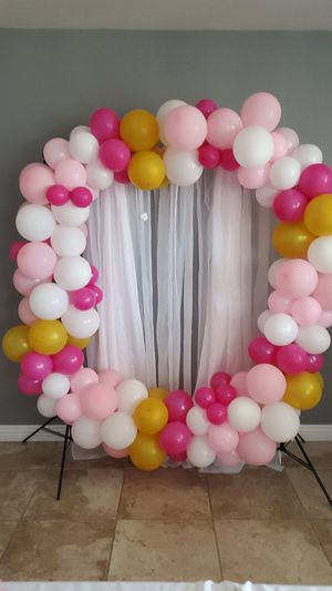 Balloons decoration for Sale in Hesperia, CA