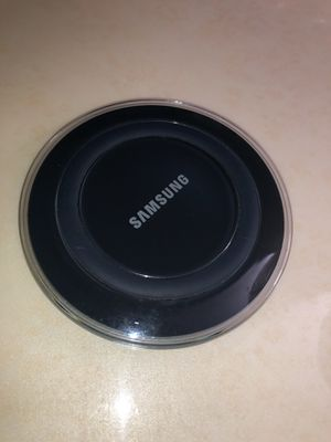 Samsung wireless charging pad for Sale in Hickory Hills, IL