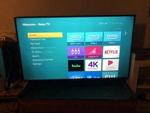 Hisense 55 inch roku tv for Sale in Arlington, TX