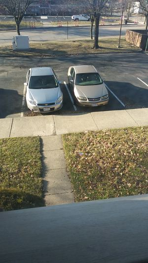 Gold Chevy, impala 2004 and silver Chevy, impala. 2007 for Sale in Columbus, OH