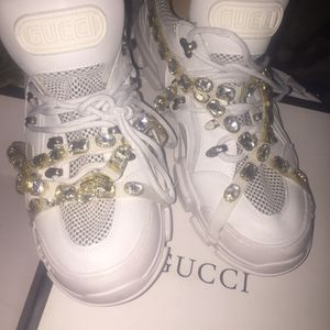 Gucci shoes and Gucci shirt for Sale in Tampa, FL