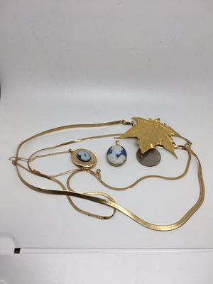 Lot 22 Grams Wearable 14K Yellow Gold Necklaces + 24K Leaf + 10K Cameo Pendant for Sale in Madison, NC