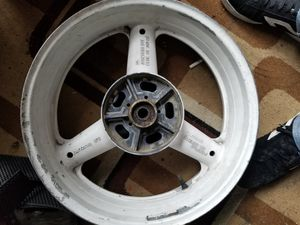 GSXR Suzuki motorcycle Rear wheel for Sale in Rialto, CA