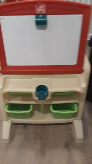 Kids dry/erase board w/bins for crafts. for Sale in Flamingo, FL