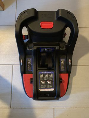 Britax car seat base for Sale in Spring Valley, CA