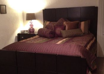 Complete Luxury Queen Bedroom Set for Sale in Pittsburgh,  PA