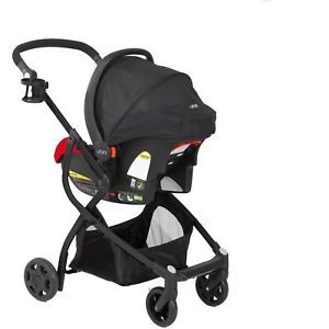Urbini stroller and car seat with base for Sale in Chula Vista, CA