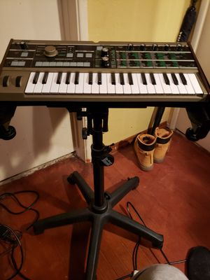Used Mini Korg with adjustable stand for Sale in San Diego, CA