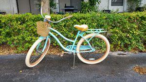 Huffy cruiser bike for Sale in Pompano Beach, FL