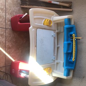 Kid Desk for Sale in San Diego, CA