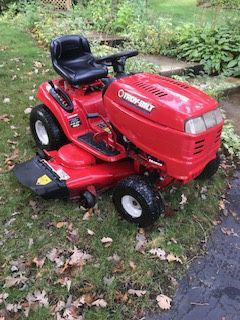 """Troy Bilt 50"""" tractor plus free snow blade for Sale in Downers Grove, IL"""