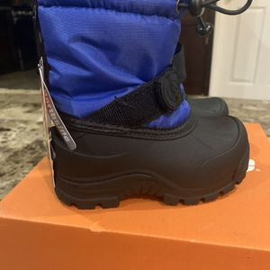 Northside toddler Snow boots for Sale in La Puente, CA