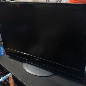 "720P - Toshiba 37"" HDTV for Sale in Brooklyn, NY"