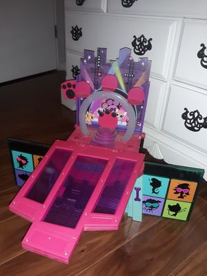 Pet shop houses and shopkins!! for Sale in Youngtown, AZ