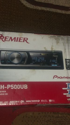 Premier pioneer CD receiver 2.0 for Sale in Denver, CO