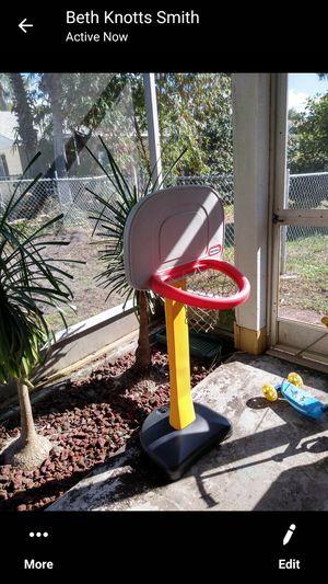 Little tikes basketball hoop for Sale in Hudson, FL