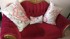 Red velvet Victorian loveseat for Sale in San Bruno, CA