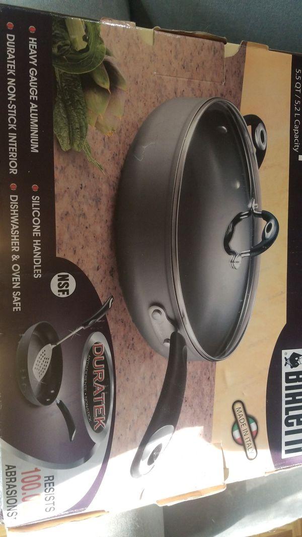Bialetti 5.5Qt Deep Saute pan brand new