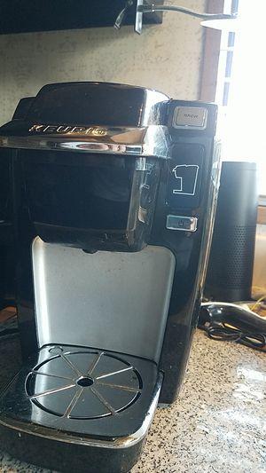Keurig K10 single cup coffee maker for Sale in Orange, CA