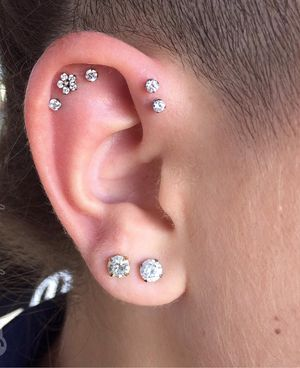 Free Ear piercing for Sale in Silver Spring, MD