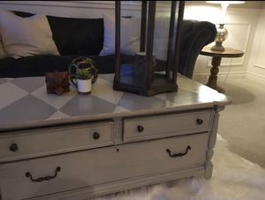 Farmhouse chic harlequin coffee table for Sale in Lake Stevens, WA