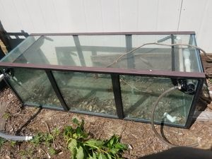 "Large fish tank 72"" wide long, 25.5 hight top to bottom for Sale in Clinton, MD"