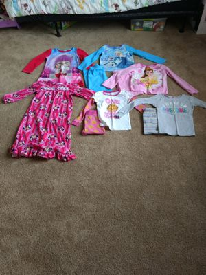 Nightgowns and PJ's 6/6x for Sale in Willow Spring, NC