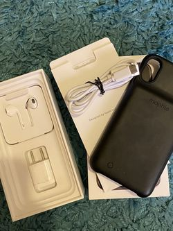 Iphone XS morphie battery pack case & more for Sale in Wichita,  KS
