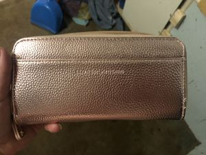 Rose gold wallet for Sale in Augusta, GA