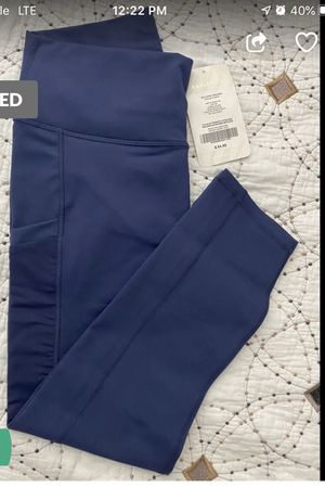 Fabletics mila high waist pocket capris for Sale in Queens, NY