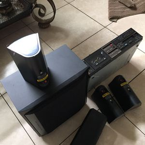Seven Speakers And Amplifier For $50 for Sale in Hollywood, FL