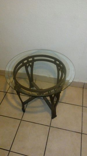 2 matching end tables with glass no chip's & no cracks in glass for Sale in Las Vegas, NV