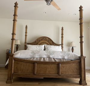 King size bed frame for Sale in Paradise Valley, AZ