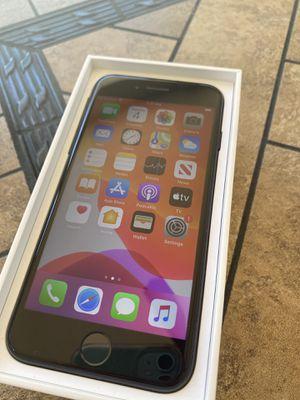 iPhone 7 32gb unlocked for Sale in Kennewick, WA