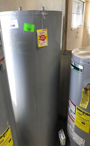 Electric water heater ZP0O for Sale in Houston, TX