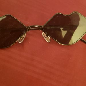 Lips Sunglasses for Sale in Hacienda Heights, CA