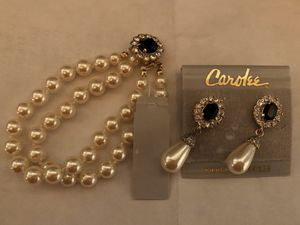 Carolee Faux pearl bracelet and earrings for Sale in Englewood, CO